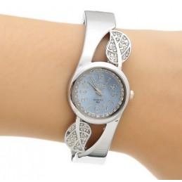 Női karperec óra, világoskék számlappal, strasszokkal. 000040-4oc