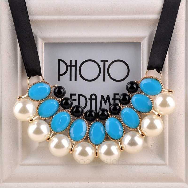 Gyöngy nyaklánc kék kövekkel esküvőkre, alkalmakra. 00013ec