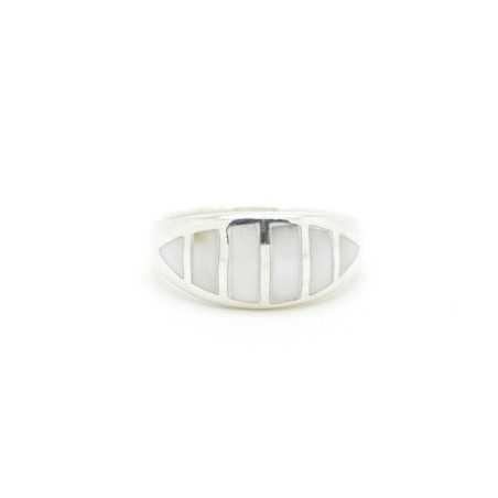Ezüst gyűrű csiszolt kagylóval 124as
