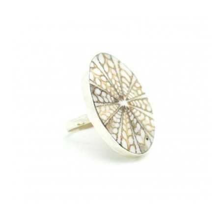 Ezüst gyűrű csiszolt kagylóval 621as