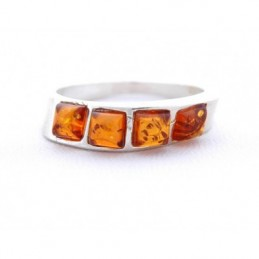 Ezüst gyűrű 4 borostyán kővel díszítve 12as