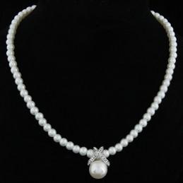Gyöngy nyaklánc strasszos, gyöngyös medállal 00034ec
