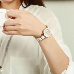 Kimio krámia betétes női karóra. Fehér, arany 19-1oc