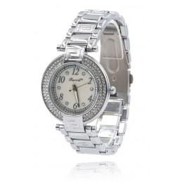 Ezüst színű strasszos női karóra ezüst számlappal. 377-2oc