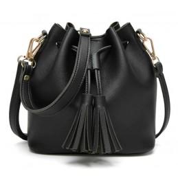 Fekete, kézi vagy vállra akasztható női táska. 5032oc