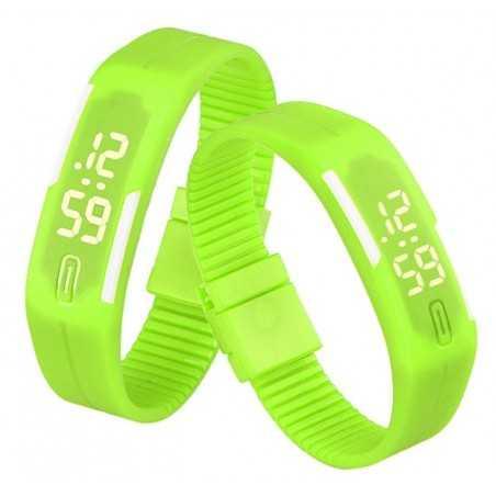 Szilikon szíjas mágnes kapcsos karkötő óra. Zöld - fehér 156oc